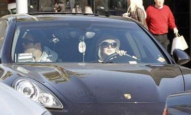 Η Lindsay Lohan και η λερωμένη Porsche