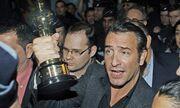 Jean Dujardin: Γύρισε θριαμβευτής στη Γαλλία