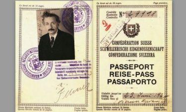 Έλληνας έχει το πλαστό διαβατήριο του Αϊνστάιν