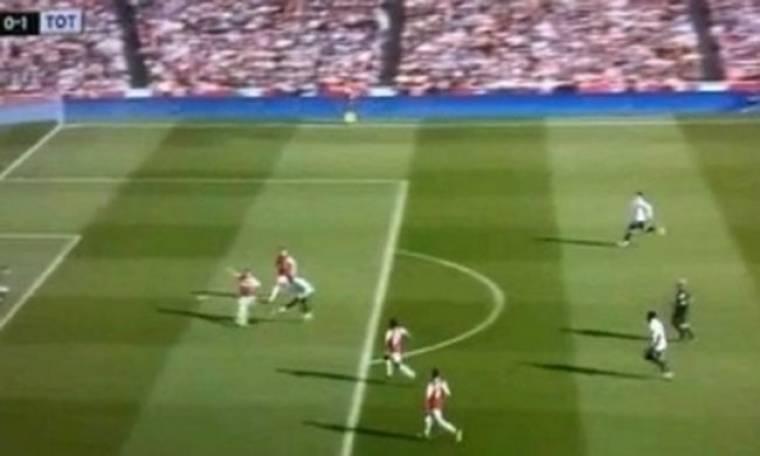 VIDEO: Ο διαιτητής πανηγυρίζει το γκολ της Τότεναμ!