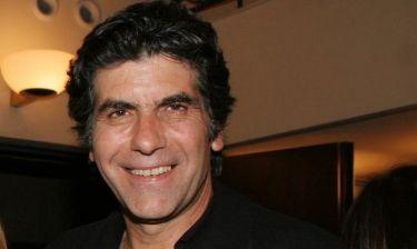 Πώς κρίνει ο Γιάννης Μπέζος την Ελληνική τηλεόραση;
