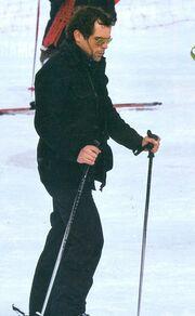 Κωνσταντίνος Μαρκουλάκης: Απολαυστικές στιγμές με τον γιο του στα χιόνια!