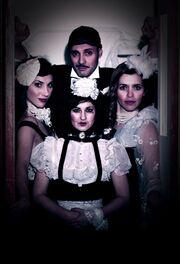 Η ομάδα Demonius παρουσιάζει το cabaret «Ο μαύρος σκύλος»