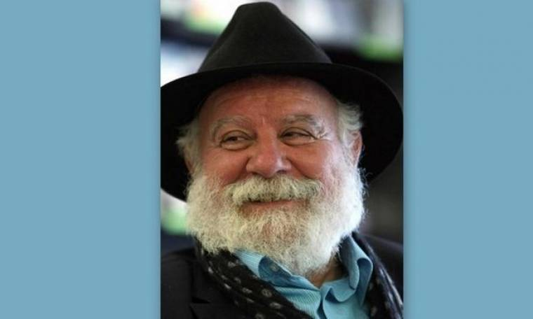 Μανώλης Ρασούλης: «Στη Ρωγμή του Χρόνου»