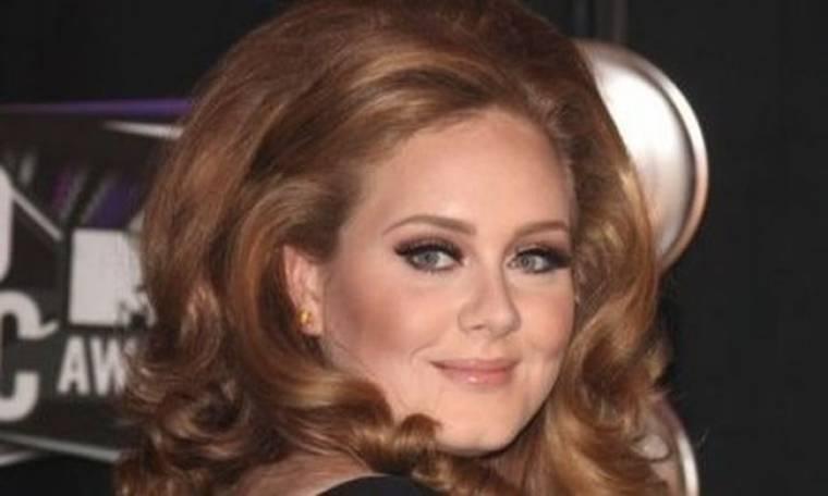 Ακόμα μία πρωτιά για την Adele