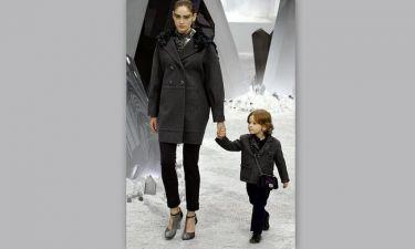 Ο μικρός που έκλεψε την καρδιά του Karl Lagerfeld