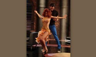 Δείτε τον Δήμο Αναστασιάδη να χορεύει λάτιν