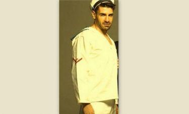 Γιατί ντύθηκε ναύτης ο Πετράκης;