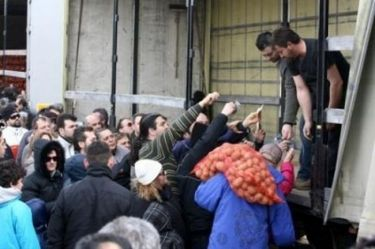 ΑΠΙΣΤΕΥΤΟ- VIDEO: 270 τόνοι πατάτας στην Παλλήνη!