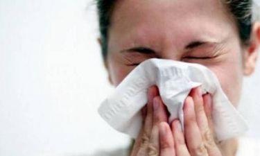 Σαρώνει η γρίπη στη χώρα μας