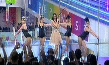 Ήβη Αδάμου: Εντυπωσιακή η εμφάνισή της στον ελληνικό τελικό της Eurovision