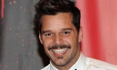 Ο Ricky Martin έγινε… μουστακαλής!