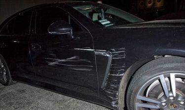 Η... μερική καταστροφή της αξίας 80.000 δολαρίων Porsche της…