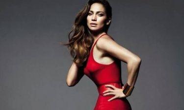 Jennifer Lopez: Η γυναικάρα με τα κόκκινα…