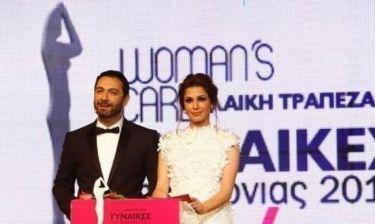 Η Παπουτσάκη παρουσιάστρια στα βραβεία «Γυναίκες της Χρονιάς» και το ντουέτο με τον Μιχάλη Μαρίνο!