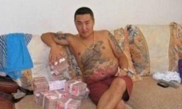 Οι σοκαριστικές φωτογραφίες του Κινέζου μαφιόζου που έχασε το κινητό του! (pics)