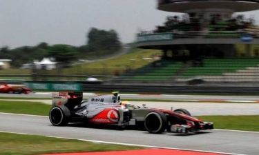 Δεύτερη σερί pole position για τον Χάμιλτον (photos)