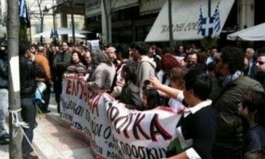 Αγρίνιο: Μετά την παρέλαση, «πολιόρκησαν» το δημαρχείο