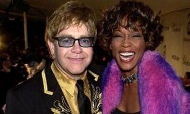 Elton John: «Έχω πάρει τόση κοκαΐνη, όση και η Whitney Houston»