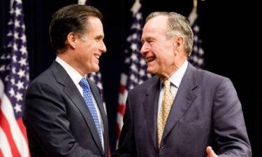 Ο Τζορτζ Μπους ο πρεσβύτερος στο πλευρό του Ρόμνεϊ