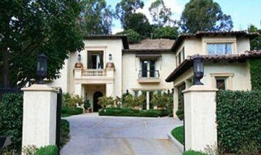 Britney Spears: Πούλησε το σπίτι της και μένει με τον Jason Trawick