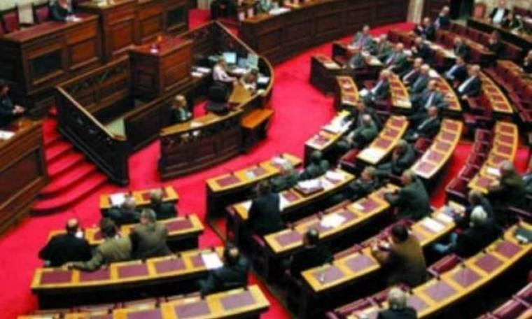 Αντιδράσεις εντός και εκτός Βουλής για την αυτοκτονία του 77χρονου
