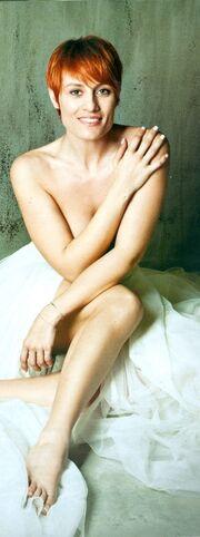 Επώνυμες Ελληνίδες φωτογραφίζονται γυμνές για καλό σκοπό! (φωτό)