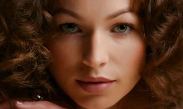 Star Stylist 8 Απριλίου - Δώστε όγκο και κίνηση στα μαλλιά σας