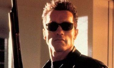 Arnold Schwarzenegger εναντίον Εξολοθρευτή