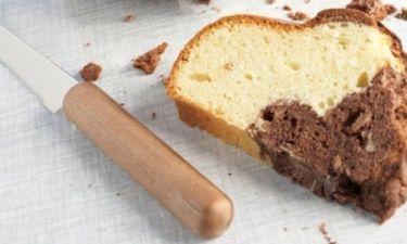 Πώς ξέρουμε ότι ψήθηκε το κέικ;