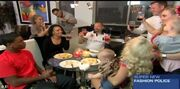 Διάσημη παίκτρια reality περιέλουσε μωρό στο πρόσωπο με κρασί!