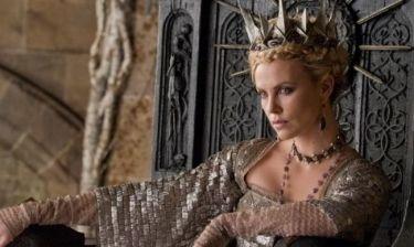 Η Charlize Theron εύχεται Χρόνια Πολλά στην Kristen Stewart