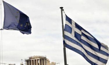 Independent: «Η Ευρώπη χρωστάει μια συγγνώμη στην Ελλάδα»
