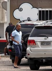 Ροναλντίνιο: Κυκλοφορεί με… σωματοφύλακες