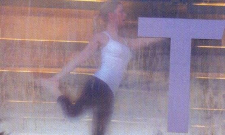 Ποια Ελληνίδα παρουσιάστρια κάνει hot yoga and pilates;