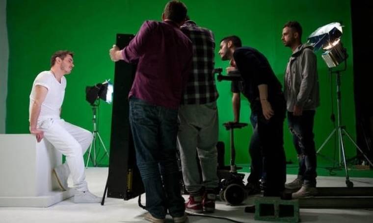Μιχάλης Χατζηγιάννης: Backstage από το video clip του τραγουδιού «Πλάι Πλάι»