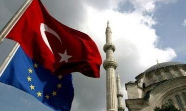 Ολάντ: «Όσο ζω δεν θα μπει στην Ευρώπη η Τουρκία!»