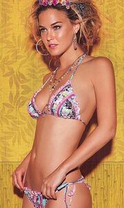 Νέα σέξι φωτογράφηση για την Bar Refaeli