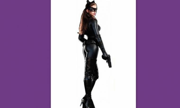 Η Anne Hathaway σε νέα φωτογραφία ως Catwoman