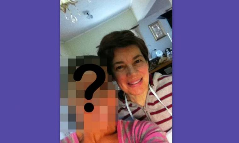 Ποια επώνυμη της σόουμπιζ φωτογραφήθηκε με τη μαμά της την ώρα που μαγείρευαν;