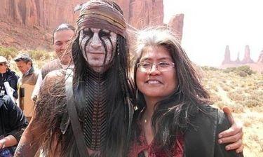 Ο Johnny Depp δέχτηκε δώρα από τους Ναβάχο!
