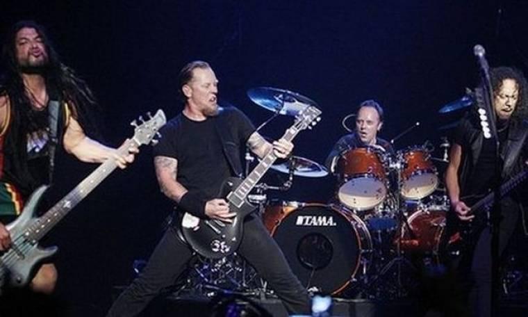 Αναβολή αγώνα λόγω… Metallica!