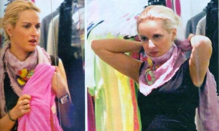 Μαρία Μπεκατώρου: Για ψώνια στην Κηφισιά με τον σύζυγό της