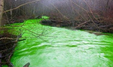 Ο ποταμός που φωσφορίζει