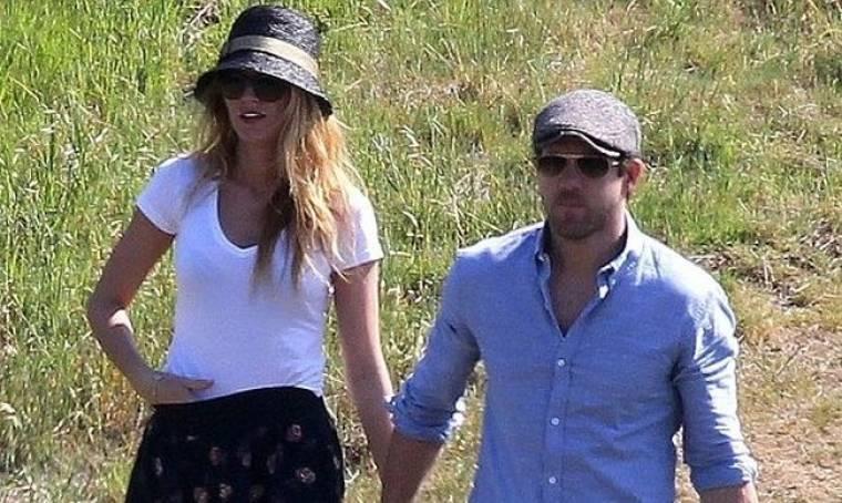 Blake Lively-Ryan Reynolds: Ψάχνουν σπίτι μαζί