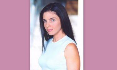 Η Ελίνα Ακριτίδου στη σειρά «Είναι Στιγμές»