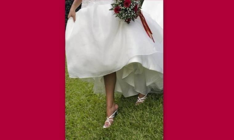Ποιο είναι το κατάλληλο παπούτσι όταν ο γάμος γίνεται την άνοιξη;