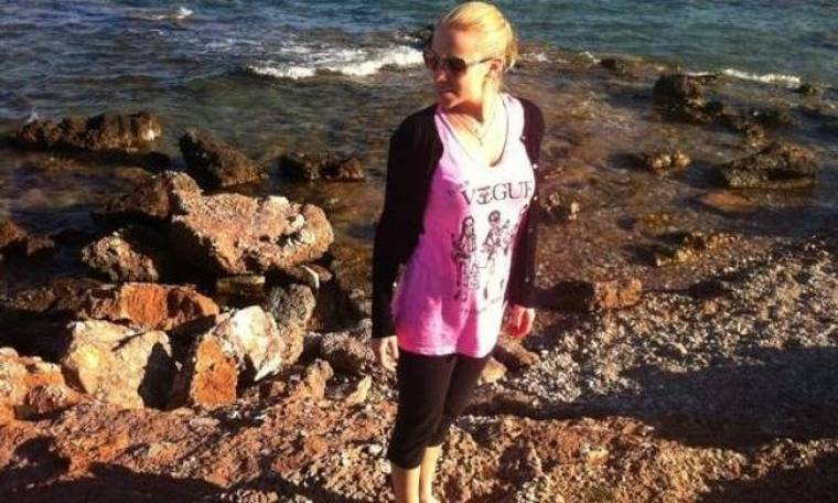 Βόλτα στην παραλία για τη Νάντια Μπουλέ! (φωτό)