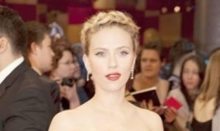 Scarlett Johansson: Έχω ανασφάλεια με το σώμα