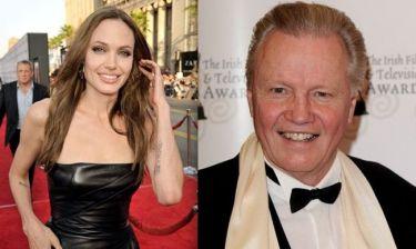 Ωχ! Ο μπαμπάς της Angelina Jolie μίλησε και πάλι